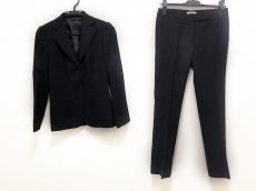 マウログリフォーニのレディースパンツスーツ