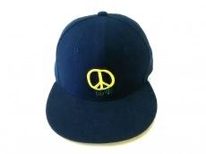 インフォメーションの帽子