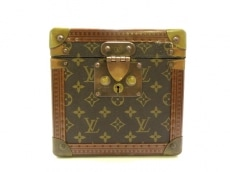 LOUIS VUITTON(ルイヴィトン)のボワットフラコン