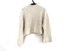 デイシーのセーター
