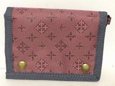 デイリーラシットの3つ折り財布