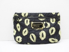 MARC BY MARC JACOBS(マークバイマークジェイコブス)のポーチ