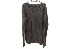 キミノリモリシタのセーター