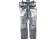 キミノリモリシタのジーンズ
