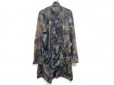 ブルーナボインのコート