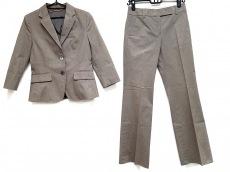 マイケルコースのレディースパンツスーツ