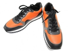COACH(コーチ)のCARTER PERFORATED RUNNER
