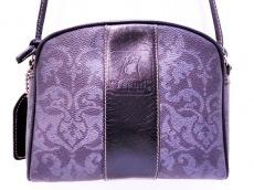 イサンテのショルダーバッグ