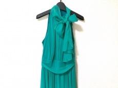 セラヴィのドレス