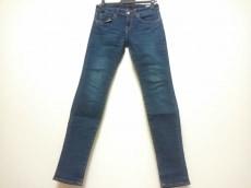 LI HUA(リーファー)のジーンズ
