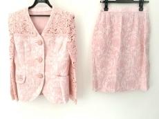 アルカンシエルのスカートスーツ