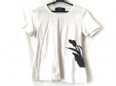 フォクシーのTシャツ