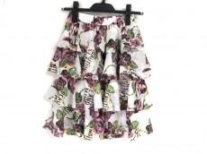 マーキンヤンマのスカート