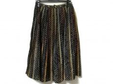 バウムウンドヘルガーデンのスカート