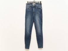 フレーム デニムのジーンズ