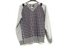 スワンレイクのセーター