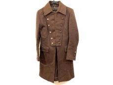 ディーケーエフのコート
