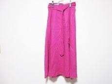 ハッシュアッシュのスカート