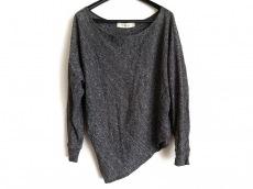 タクーンのセーター