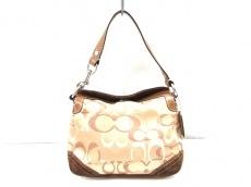 COACH(コーチ)のチェルシーオプティックシグネチャーのハンドバッグ