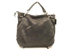 COACH(コーチ)のシグネチャーブルックのハンドバッグ