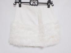 クレアのスカート