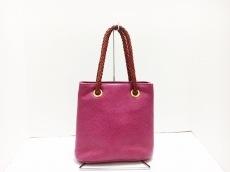 デズモのハンドバッグ