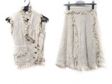 VivienneWestwoodGOLDLABEL(ヴィヴィアンウエストウッドゴールドレーベル)のスカートスーツ