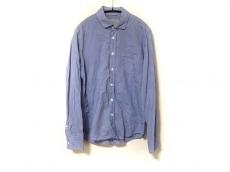 アングレーのシャツ