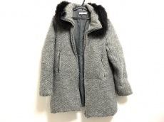 ドゥドゥのコート
