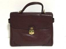 マドラーのハンドバッグ