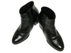 アダムエロペのブーツ
