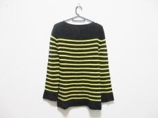 コーギのセーター