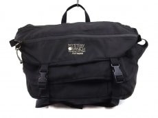 ミステリーランチのハンドバッグ