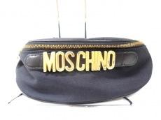 MOSCHINO(モスキーノ)のウエストポーチ