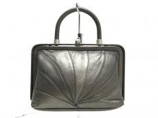 チチのハンドバッグ