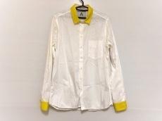 アンドレアポンピリオのシャツ