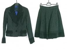 モワメームモワティエのスカートスーツ