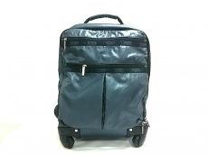 レスポートサックのキャリーバッグ