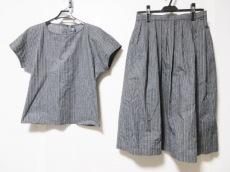 エマニュエルウンガロのスカートセットアップ