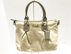COACH(コーチ)のアッシュレイ レザー ミニのハンドバッグ