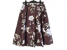 emmi(エミ)のスカート