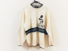 バーニヴァーノのセーター