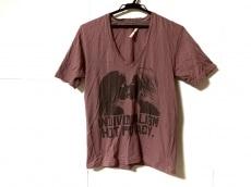 チャームカルトのTシャツ