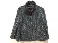 マヌーカのジャケット