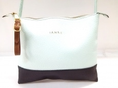 IANNE(イアンヌ)のショルダーバッグ