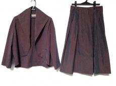 ROMEOGIGLI(ロメオジリ)のスカートスーツ
