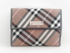 バーバリーブルーレーベルのWホック財布