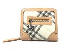 バーバリーブルーレーベルの2つ折り財布