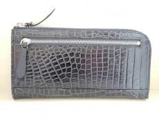 ロダニアの長財布
